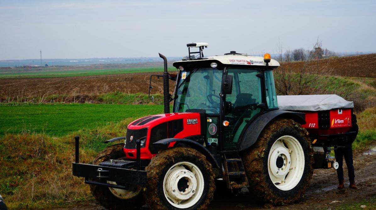 トラクターのカメラが施肥量を最適化し肥料を削減: Augmenta