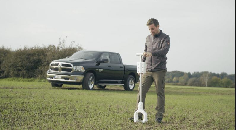 その場で分析可能な土壌分析センサーを開発するStenon社について解説