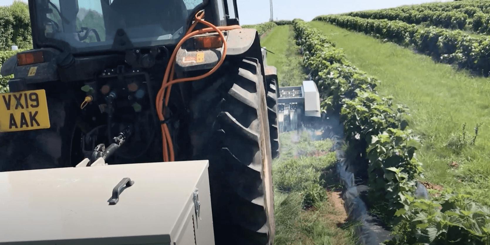 除草剤を使わず、電気を利用して雑草除去が可能な除草機を販売するRootwave社について解説